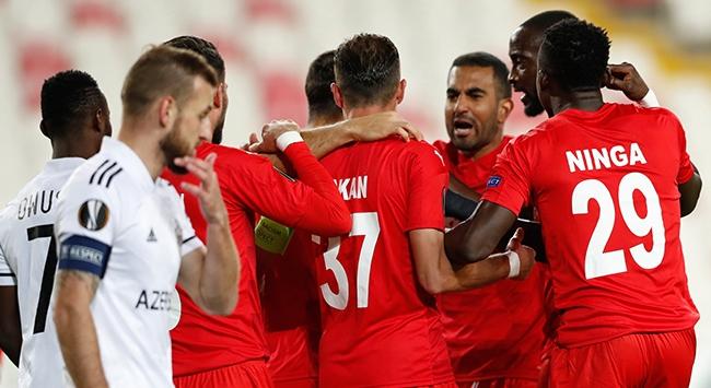 Sivasspor ilk galibiyetini aldı