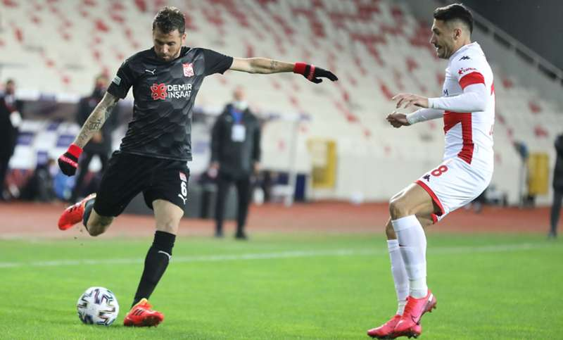 Sivasspor'un galibiyet hasreti 7 maça çıktı: 0-0