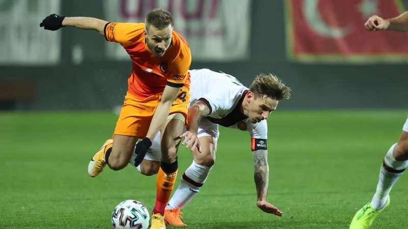 Galatasaray umutlandı Karagümrük kazandı: 2-1