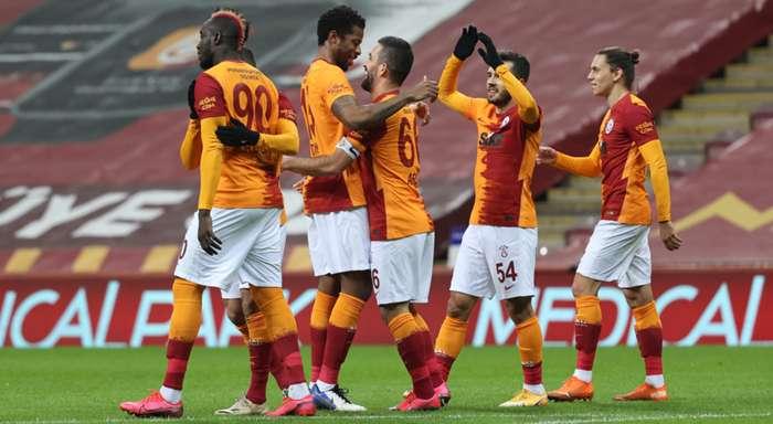 Galatasaray lider Alanyaspor ile puanları eşitledi: 3-1