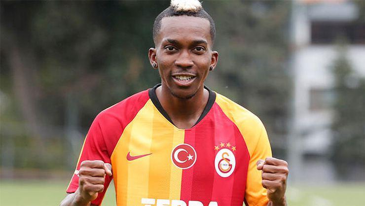 Galatasaray haberi: Canlı yayında Onyekuru açıklaması!