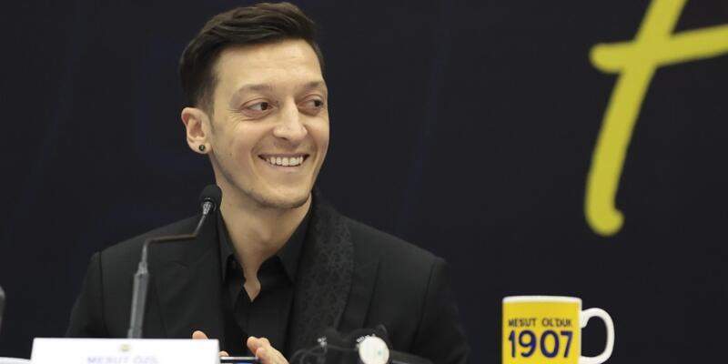 Mesut Özil'in açıklamaları Almanya'da gündem oldu
