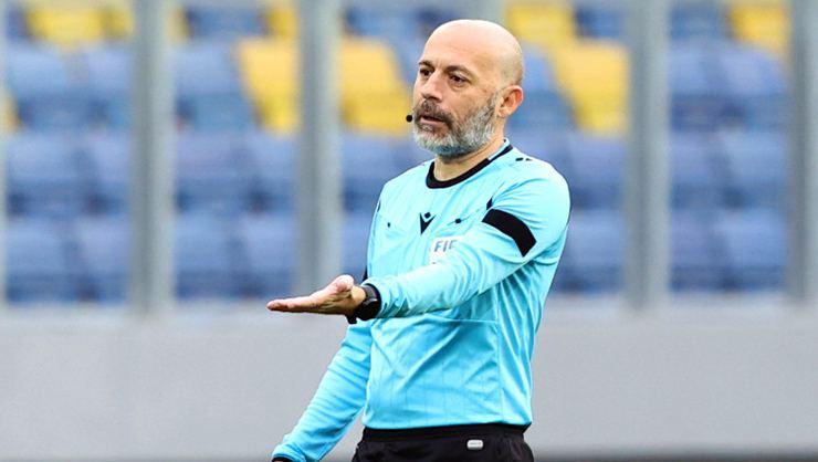SON DAKİKA! Fenerbahçe Galatasaray maçının hakemi belli oldu