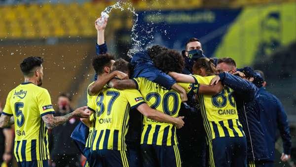 YORUM   Fenerbahçe'nin derbide Gustavo olmadan yapabilecekleri