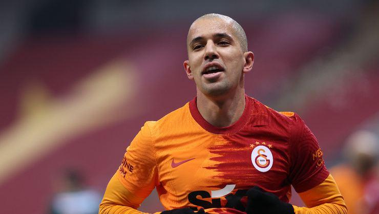 Galatasaray, Feghouli'yi satmak istiyor iddiası!