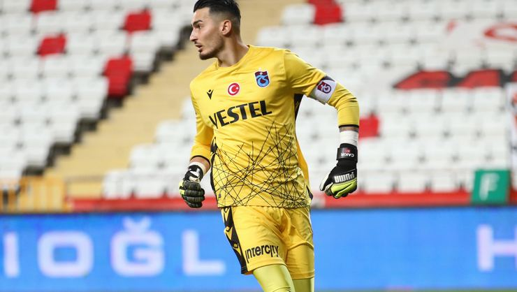 Trabzonspor haberi: Premier Lig ekipleri, Uğurcan Çakır'ı takip ediyor