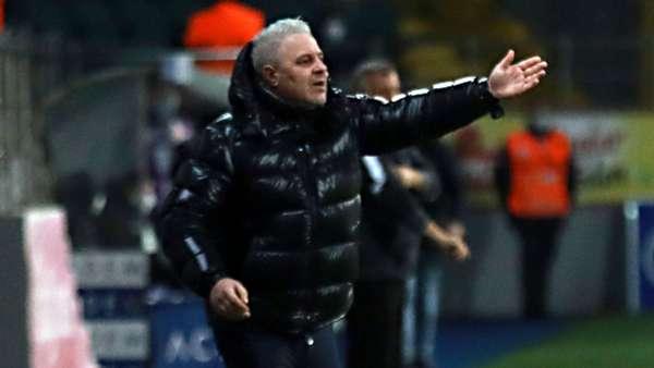 Rizespor'da Sumudica istifa etti ama futbolcular vazgeçirdi