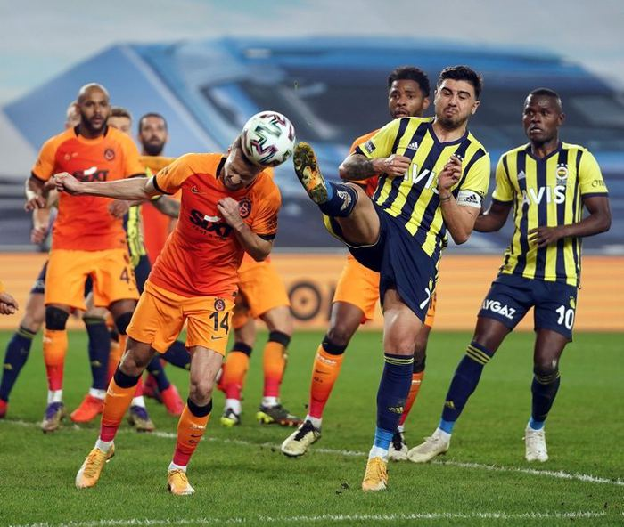 Son dakika: Fenerbahçe'den Galatasaray derbisi sonrası tarihi VAR kararı!