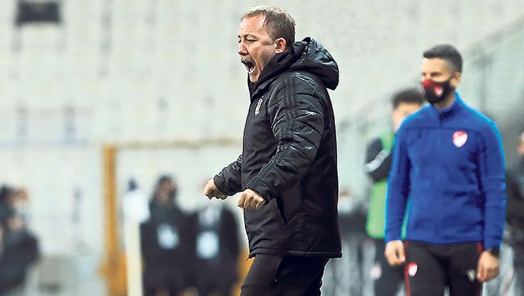 Beşiktaş'tan Sergen Yalçın'a sözleşme teklifi!