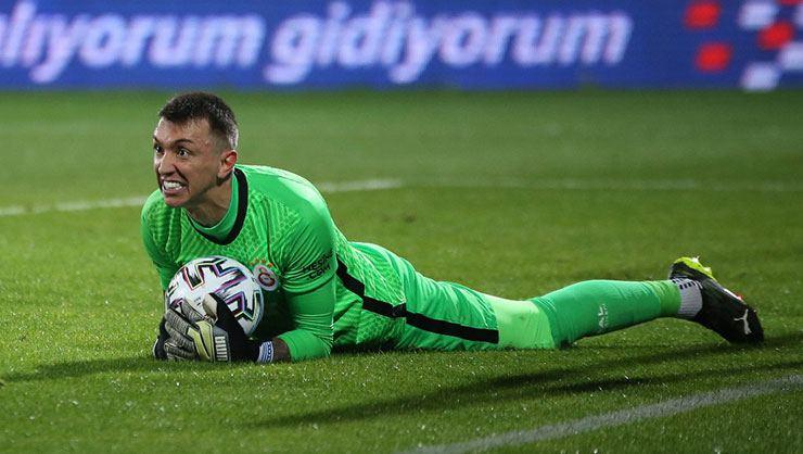 Son dakika Galatasaray haberi! Muslera'nın menajeri İstanbul'a çağrıldı