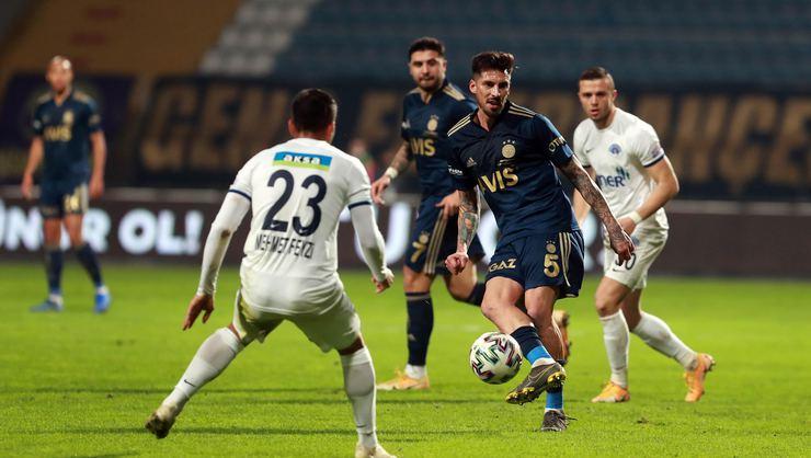 Fenerbahçe'de 9, Kasımpaşa'da 5 futbolcu kart sınırında
