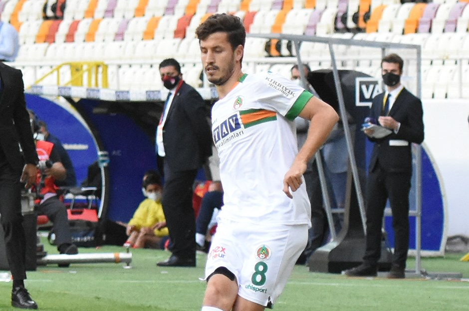 Salih Uçan'ın transfer açıklaması