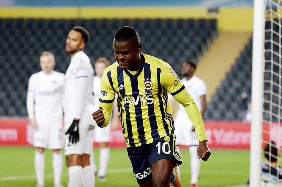 Fenerbahçe, Mbwana Samatta'nın taliplerini bekliyor