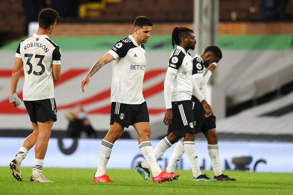 Premier Lig'de hangi takımlar küme düştü? Fulham, düşen son takım oldu...