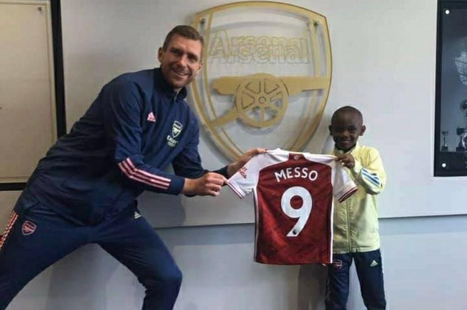 10 yaşındaki Leo Messo, Arsenal'da