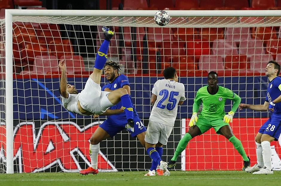 Şampiyonlar Ligi'nde yılın golü Mehdi Taremi'den!