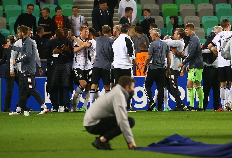Finalde Portekiz'i yenen Almanya şampiyon