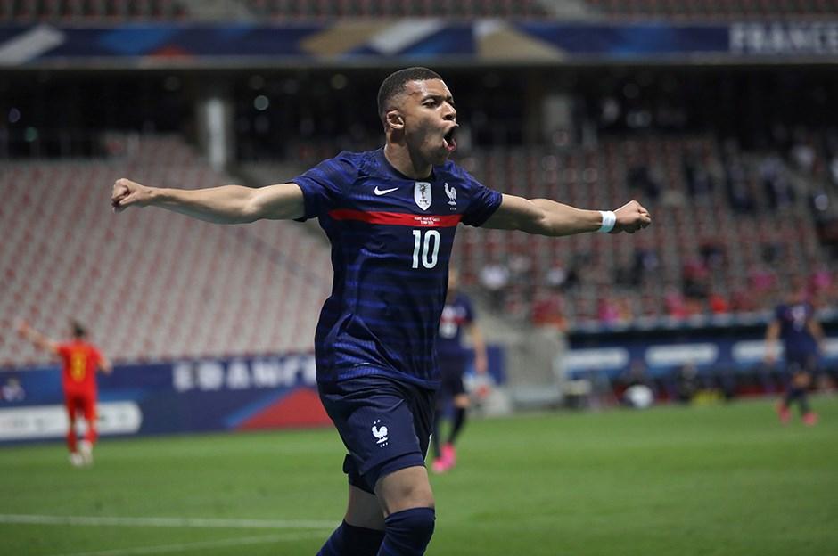 Nasser Al-Khelaifi: Kylian Mbappe hiçbir şekilde PSG'den ayrılmayacak