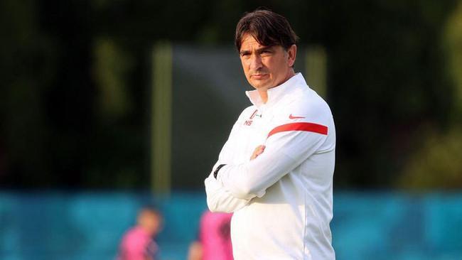 Fenerbahçe'de yeni teknik direktör seçim sonrası açıklanıyor