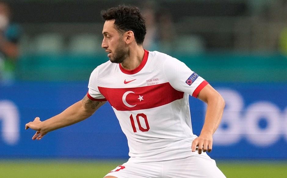 Hakan Çalhanoğlu Inter yolunda