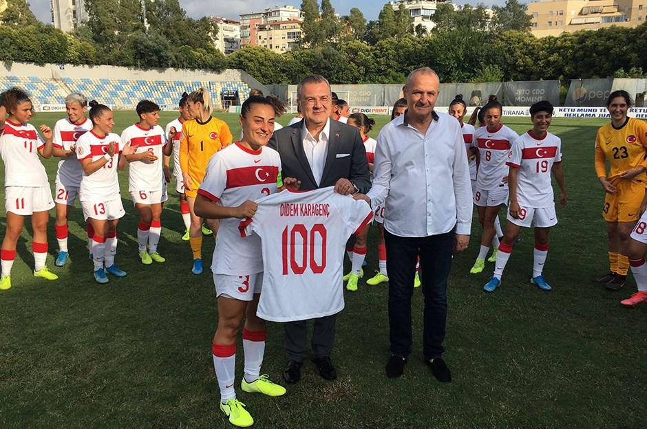 Milli Takım, Arnavutluk'u 4 golle geçti