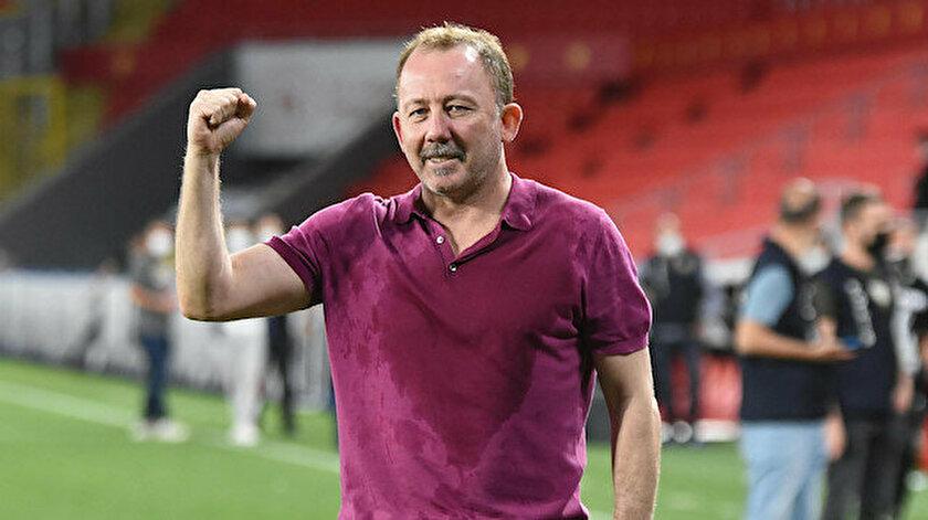 Beşiktaş transferde durmuyor! Üst üste hamleler...