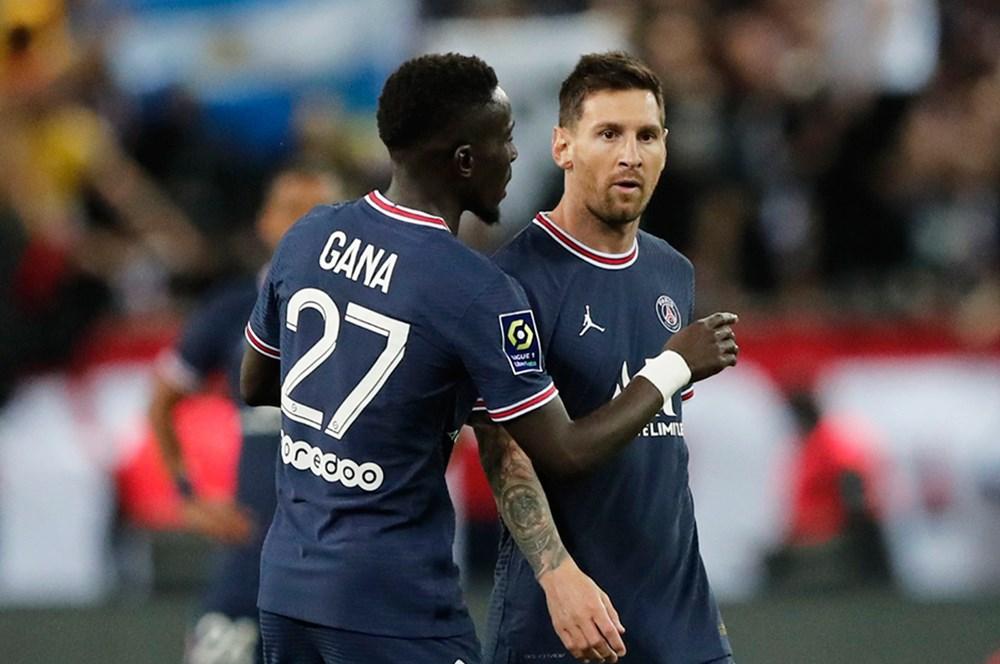 Mbappe yıldızlaştı, Messi açılışı yaptı