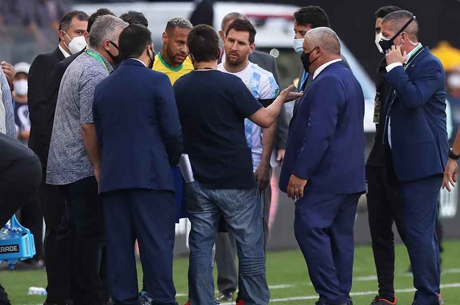 Tarihi olay! Brezilya-Arjantin maçı ertelendi!