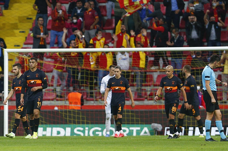 Galatasaray Haberleri: Terim memnun değil! Büyük operasyon başlıyor...