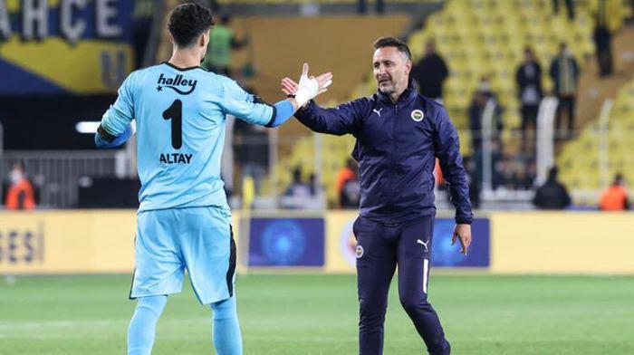Fenerbahçe transfer haberi! Altay Bayındır için görüşmeler başlıyor