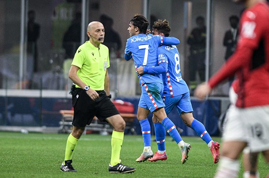 İtalyanlardan Cüneyt Çakır'a penaltı eleştirisi!