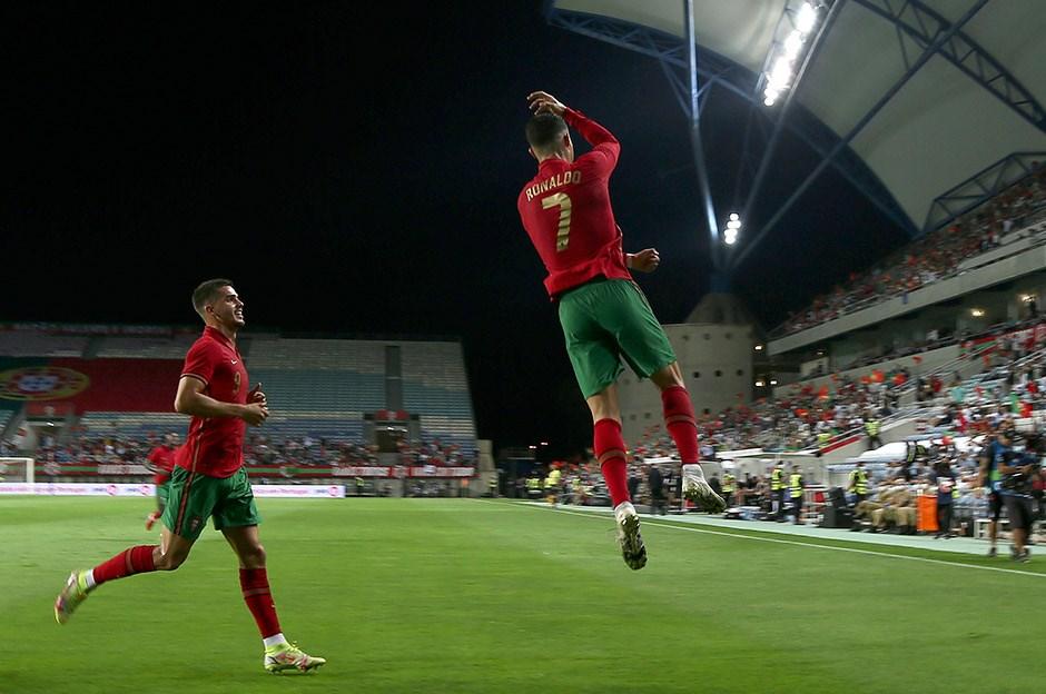 Ronaldo rekor kırmaya devam ediyor
